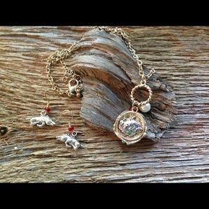 Jewelry - Arkansas Razorbacks 6 piece jewelry bundle